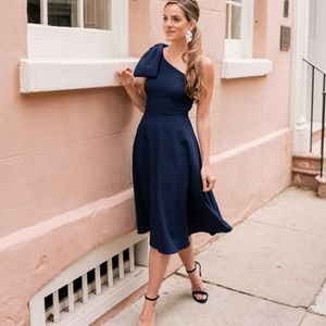 NWT Gal Meets Glam Navy Yvonne one shoulder dress
